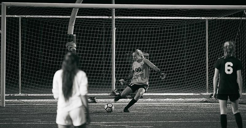 18-09-27 Cedarcrest Girls Soccer Varsity 413.jpg