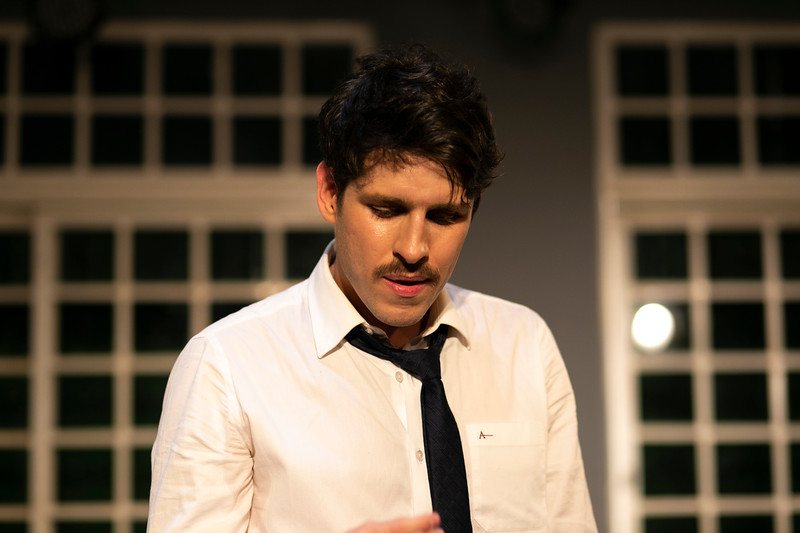 Allan Bravos - Celia Helena - O Beijo no Asfalto-351.jpg
