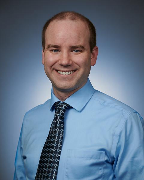 2019-07-17 Holston Medical Group - Jeff Many Headshot