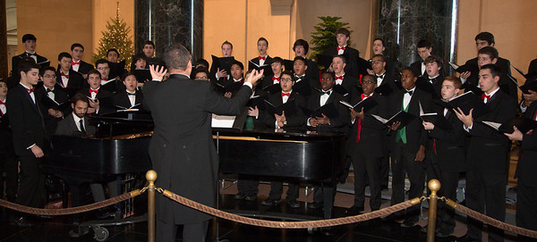 National Gallery of Art - Caroling in the Rotunda (2012)