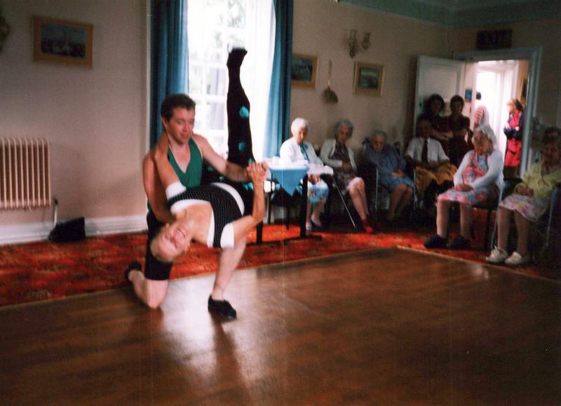 Dance-Trips-England_0205_a.jpg