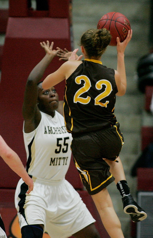 . Mitty\'s NiaJai Craig guards St. Francis\' Lauren Johnson in the second quarter during the CCS Open Division girls basketball finals at Santa Clara University in Santa Clara, Calif. on Saturday, March 2, 2013. The Archbishop Mitty Monarchs played the Saint Francis Lancers. (Jim Gensheimer/Staff)