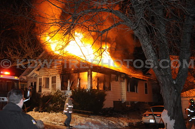 Methuen, MA - Working Fire - East Brook Pl - 12/30/10