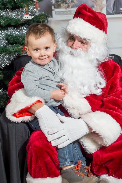 StaceyTompkinsPhotography-Santa2018 (30 of 79).jpg