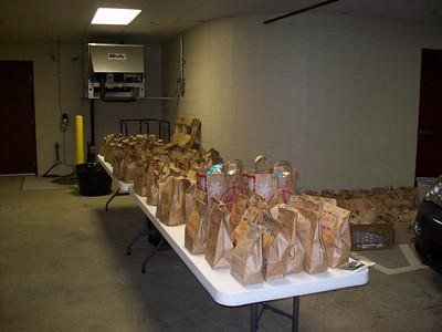 Shepherd's Table Gift Bag Distribution Nov. 26, 2008