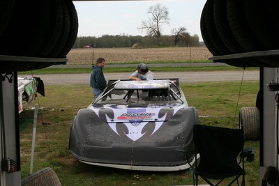 Oakshade Raceway, Wauseon, OH, May 2, 2009