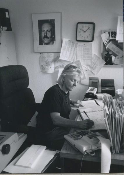 1988 - Office Staff.jpeg