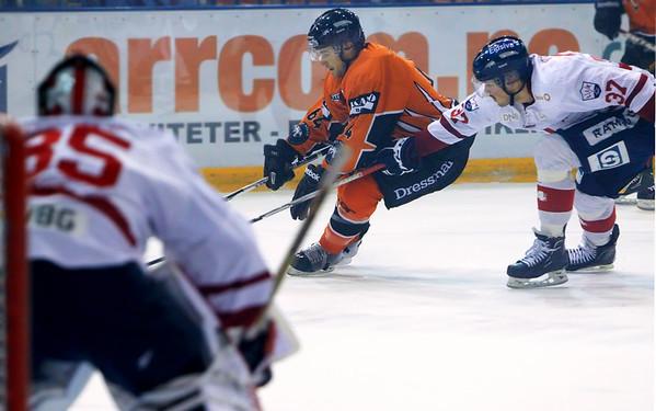 Lillehammer Ishockey @ Frisk Asker (Oct 4 2012)