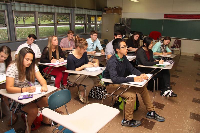 Fall-2014-Student-Faculty-Classroom-Candids--c155485-069.jpg