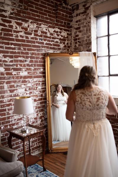 Kathryn getting ready K&M-208.jpg
