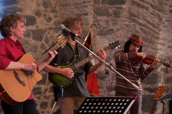 Scarpe rotte eppur bisogna agir - Le Malecorde - Forte di Fenestrelle, 25 aprile 2011