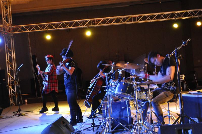 www.nellieanger.com1769.JPG