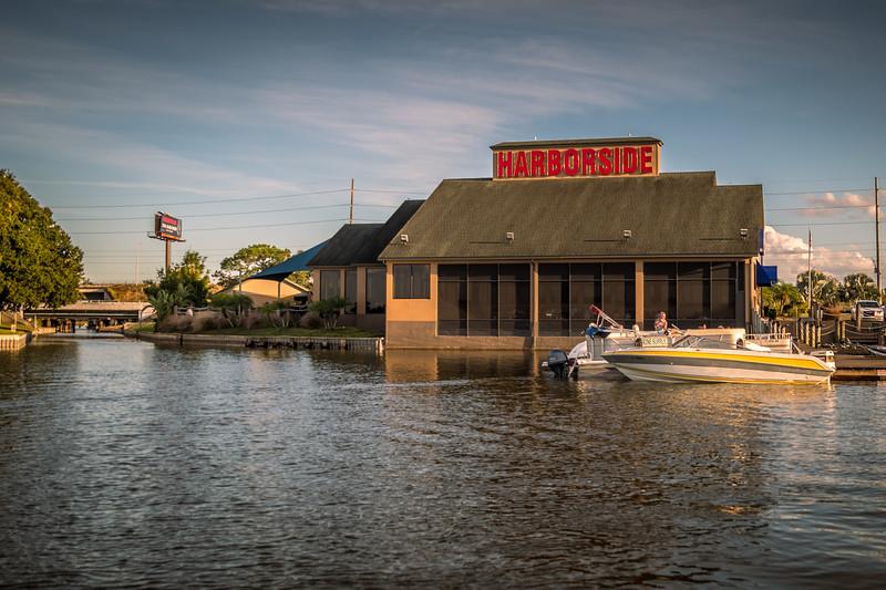 Sunset pontoon boat tour started at Harborside Restaurant in Winter Haven