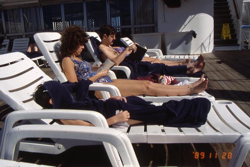 159-1989 Cruise 50th Anniv008.jpg