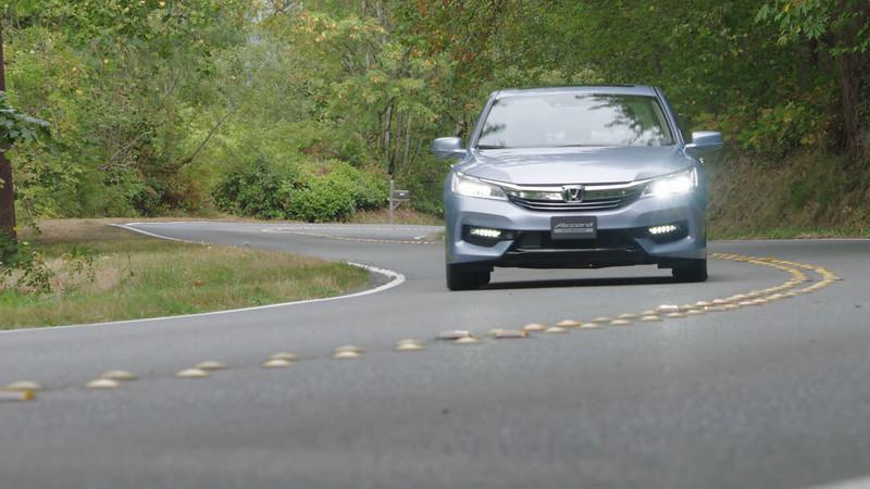 2017 Honda Accord Hybrid Touring Edition Driving Reel