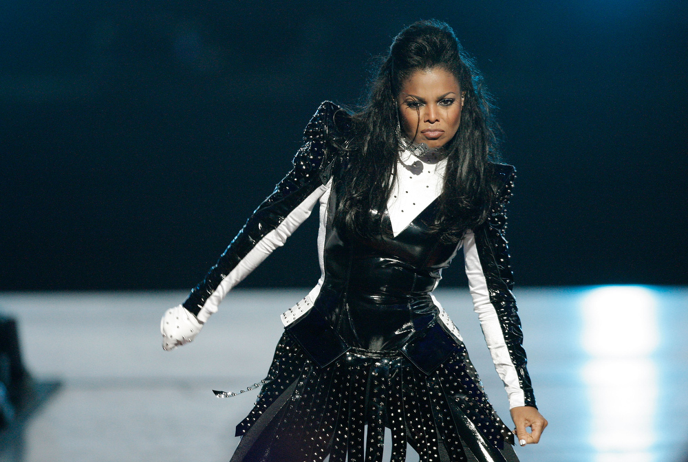 Description of . Singer Janet Jackson performs during the 2009 MTV Video Music Awards at Radio City Music Hall on September 13, 2009 in New York City.  (Photo by Christopher Polk/Getty Images)