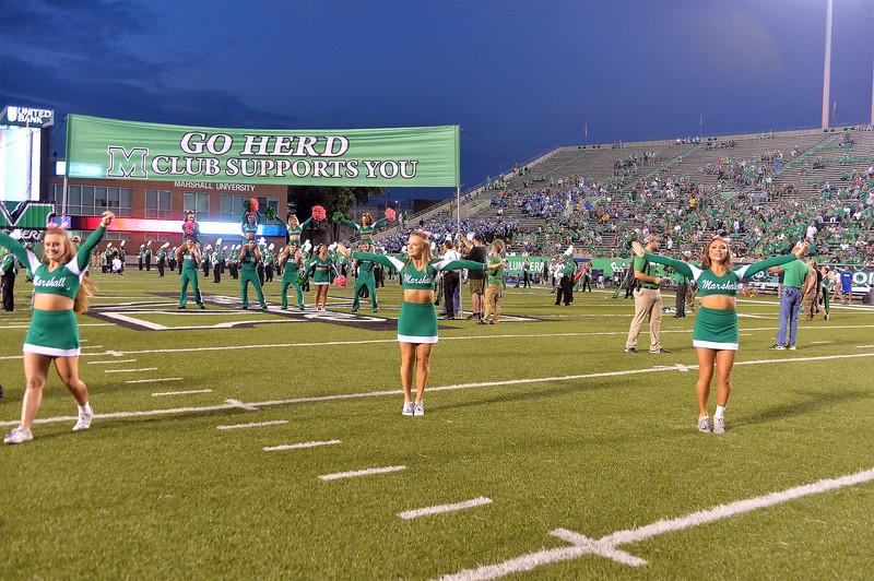 cheerleaders4645.jpg