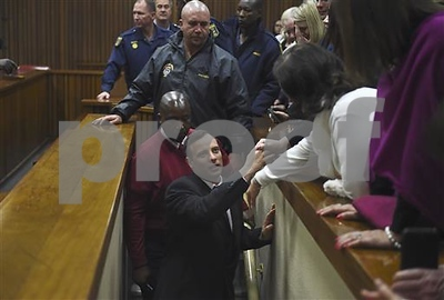 oscar-pistorius-the-doubleamputee-olympian-sentenced-to-6-years-in-prison-for-murder