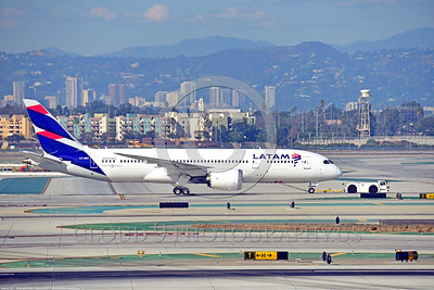 Boeing 787 Dream Liner LATAM Airline Pictures For Sale