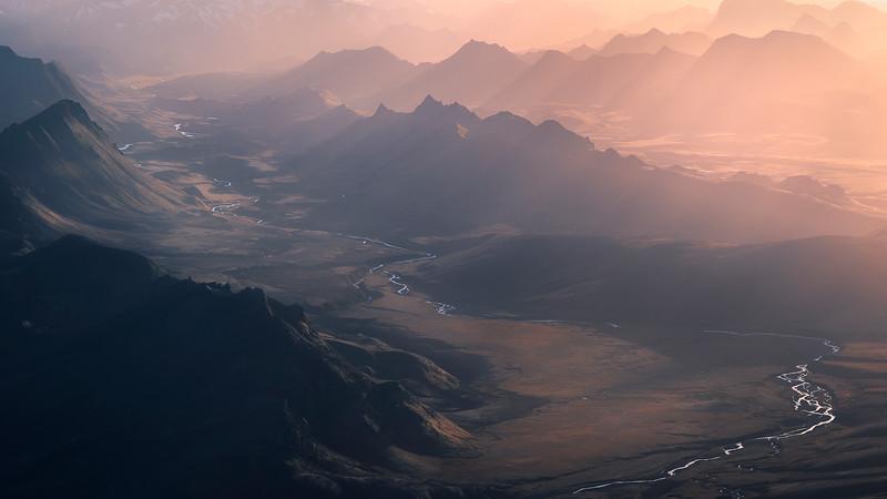 valleys.desktop.jpg