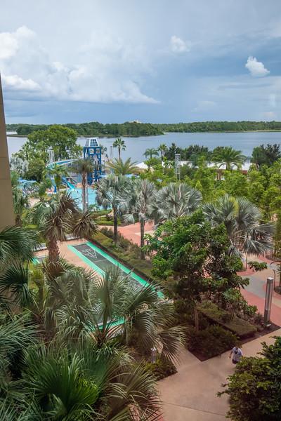 Dinsey Resorts-2-590.jpg