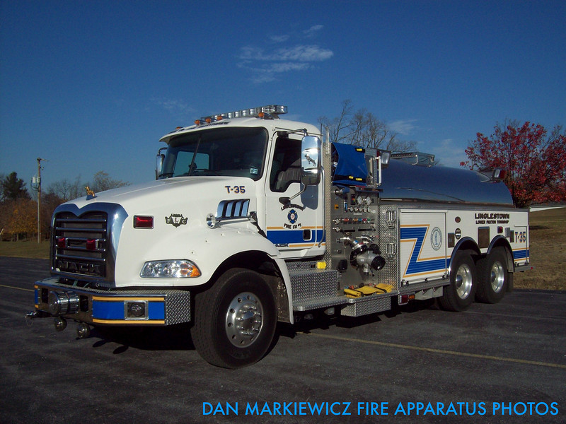 LINGLESTOWN FIRE CO. TANKER 35 2007 MACK/KME TANKER