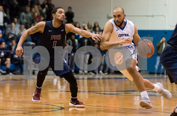 f01/18/18 Wesley Bunnell | Staff CCSU Men's basketball defeated Fairleigh Dickinson University 66-65 at CCSU. Tyler Kohl (1).