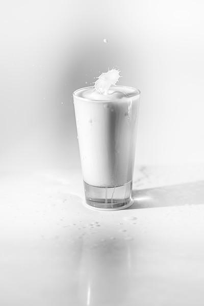 20200208-bw-milksplash-0112.jpg