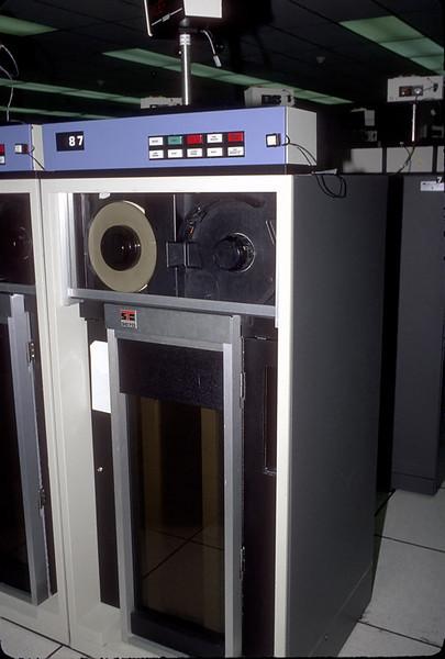 STC tape drive.jpg