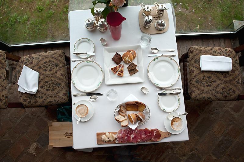 Antica-Breakfast-Scene.jpg