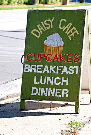 2013 10 06: Daisy Cafe, Federica, Madison WI