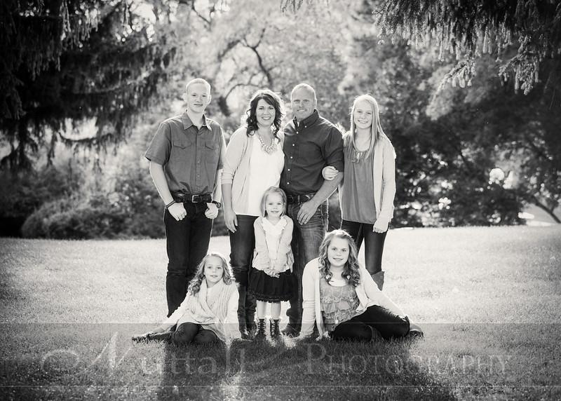 Gustaveson Family 03bw.jpg