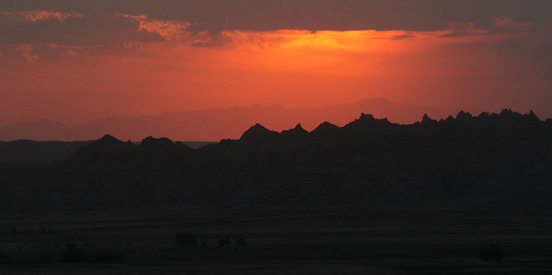 IMG_7897 badlands sunset.jpg