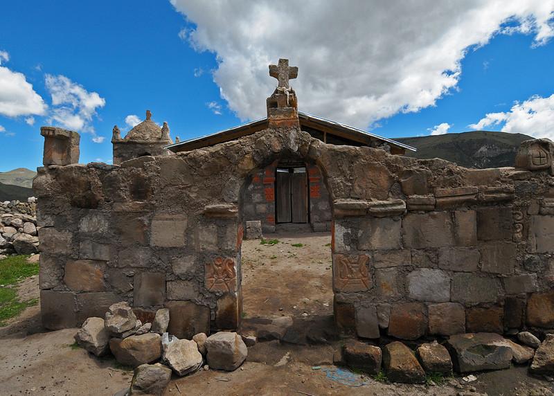PEU_5346-7x5-Church-Yavina.jpg