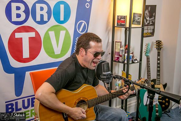 Albert Castiglia 9 21 17 BRI Studio Shoot