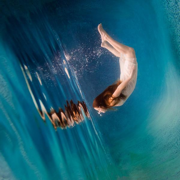 UnderwaterJeniSquare11.jpg