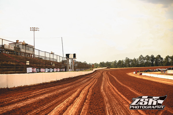 5/11-12/18 World of Outlaws