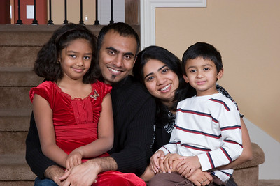 Vinod & Kavya Portraits at Home, Thanksgiving 2007