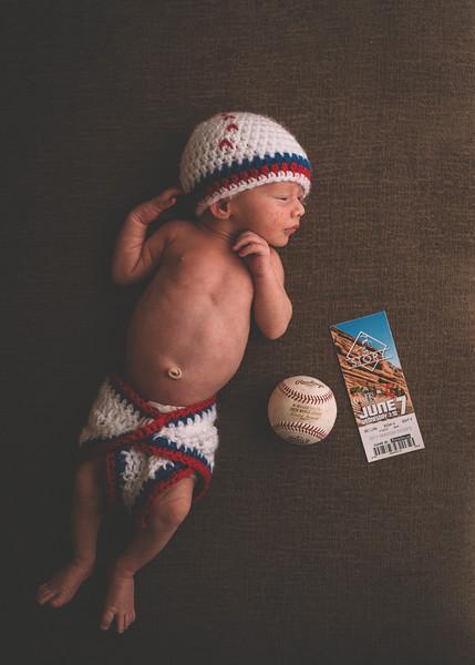 Cole Newborn - 85 - _1BT8499.jpg