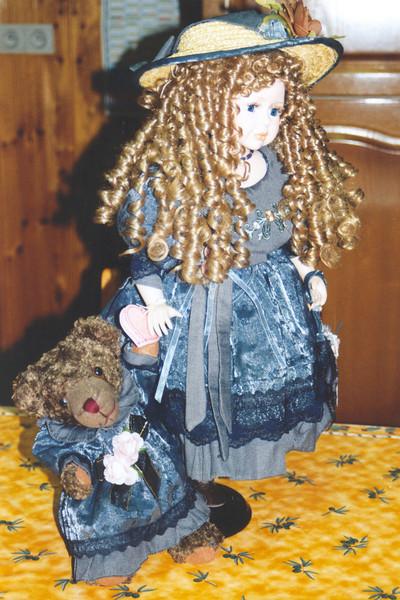 """""""Christina & Beyoncé (bear)"""""""