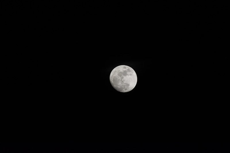 20170110 Moon (4 of 11).jpg