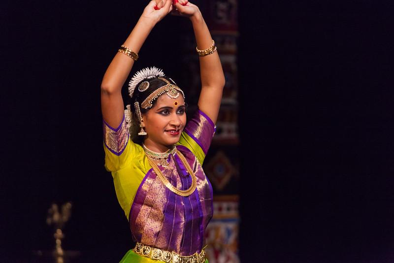 PriyaShreyaDance-0270.jpg