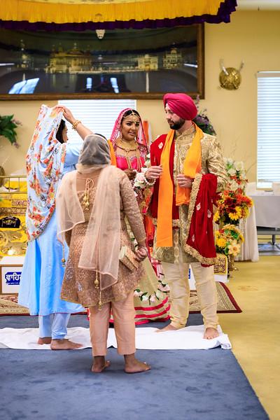 Neelam_and_Matt_Gurdwara_Wedding-1538.jpg