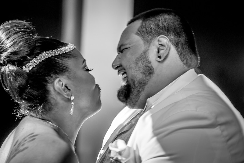 MEG_5580_tonya_josh_new jerrsey wedding photography.jpg