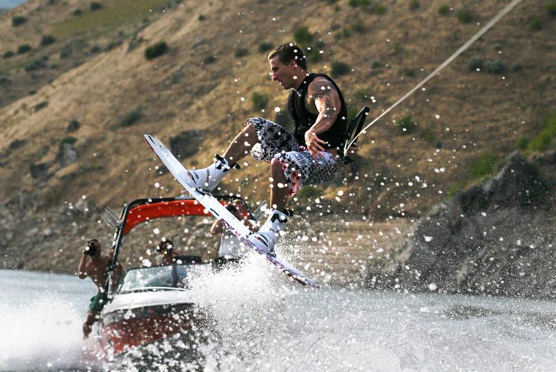 wakeboarding 7.23.06_60.jpg