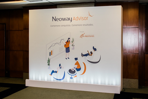Neoway Advisor - Total de fotos