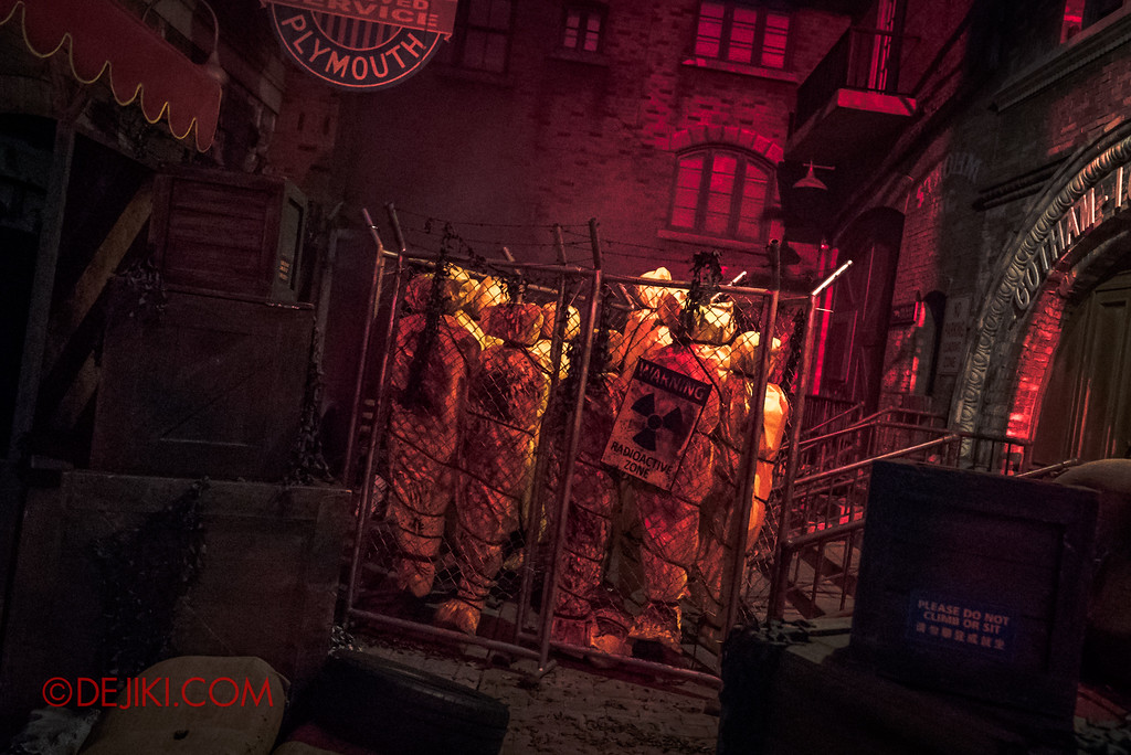 Halloween Horror Nights 7 Zombie Laser Tag - Entering the Restricted Area