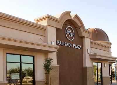 Palisade Plaza