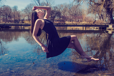 Levitation Christa