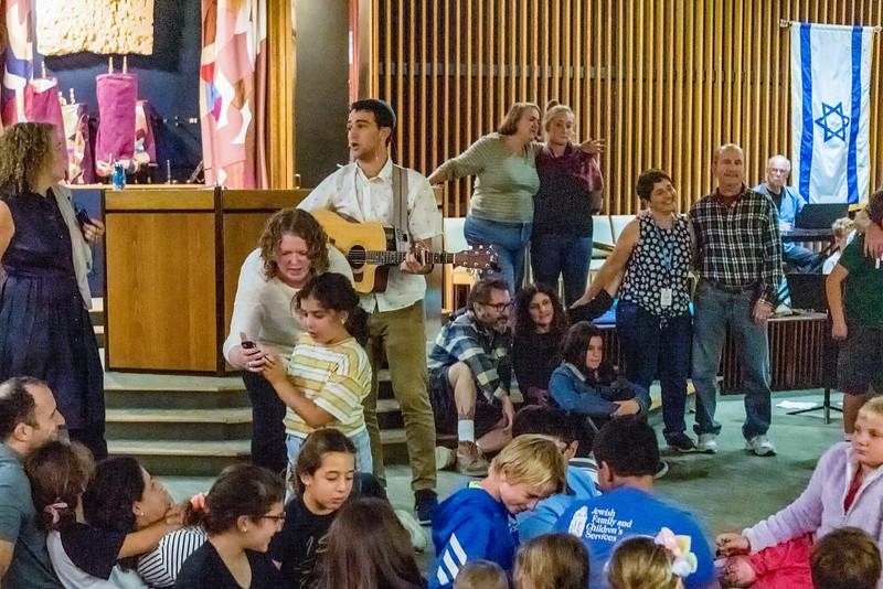 Simchat Torah-368-Edit.jpg